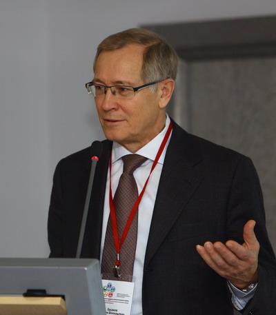 Хасанов Рустем Шамильевич. Юбилейная онкологическая конференция 07-08 ноября 2013 г, г. Нижний Новгород
